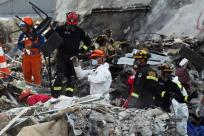 Rescue+workers+clear+out+remains+from+the+CTV+building